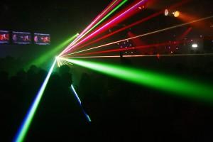 Lasershow met The Blacklights drive-in disco